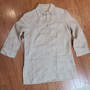 Anne Klein  linin gold button two pocket tunic top